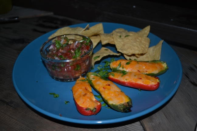 Jalapeno poppers served with salsa and chips